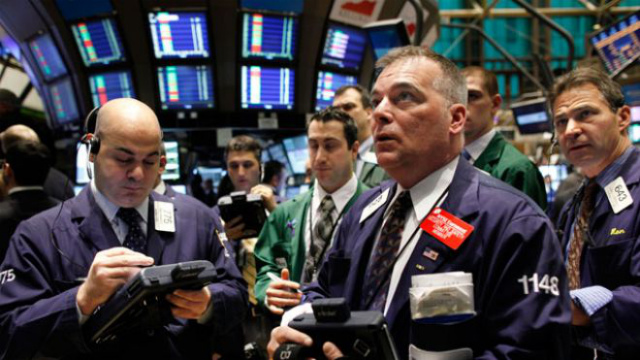 NYSE-Trader-026-Watching