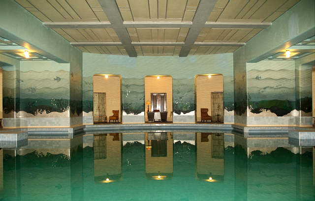 pools-marvelous-green-indoor-swimming-pools-with-large-size-also-modern-ceiling-and-luxurious-ornaments-at-modern-home-interior-design-stunning-indoor-swimming-pools-for-luxury-lifestyle