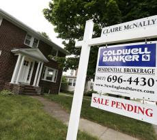 APphoto_Pending Home Sales