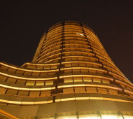 The-Bank-For-International-Settlements-at-Night-Photo-by-Wladyslaw